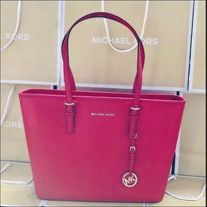 $278 Michael Kors Jet Set Handbag Red Purse Bag